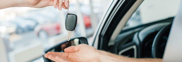 Se la tua auto ha bisogno di un intervento, non resterai a piedi grazie al nostro servizio di auto sostitutiva.
